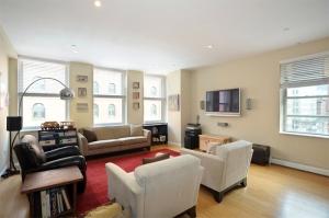 448 Greenwich Street Loft